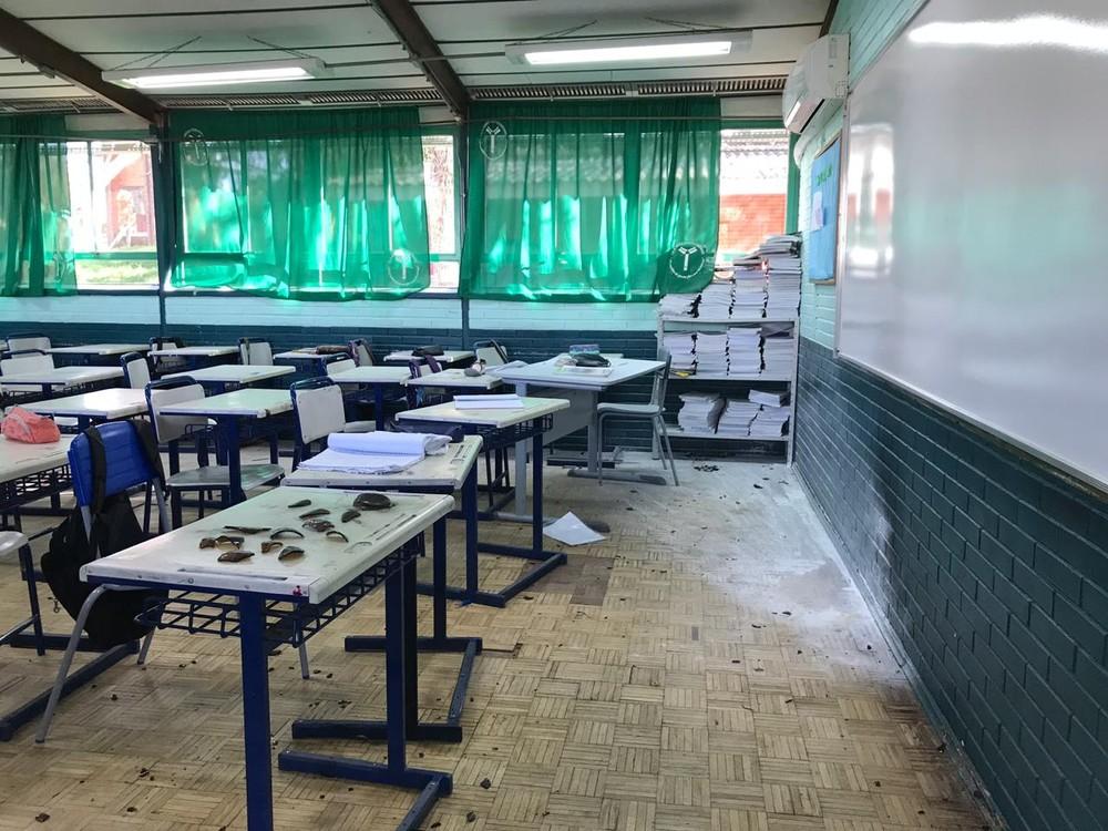 Sala de aula foi atacada pelo adolescente — Foto: Bernardo Bortolotto/RBS TV