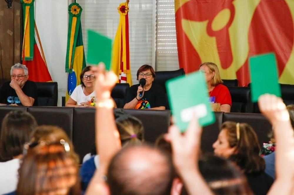 Entidade também divulgou que 727 escolas paralisaram e 701 registraram adesão parcial | Foto: Cpers / Divulgação / CP