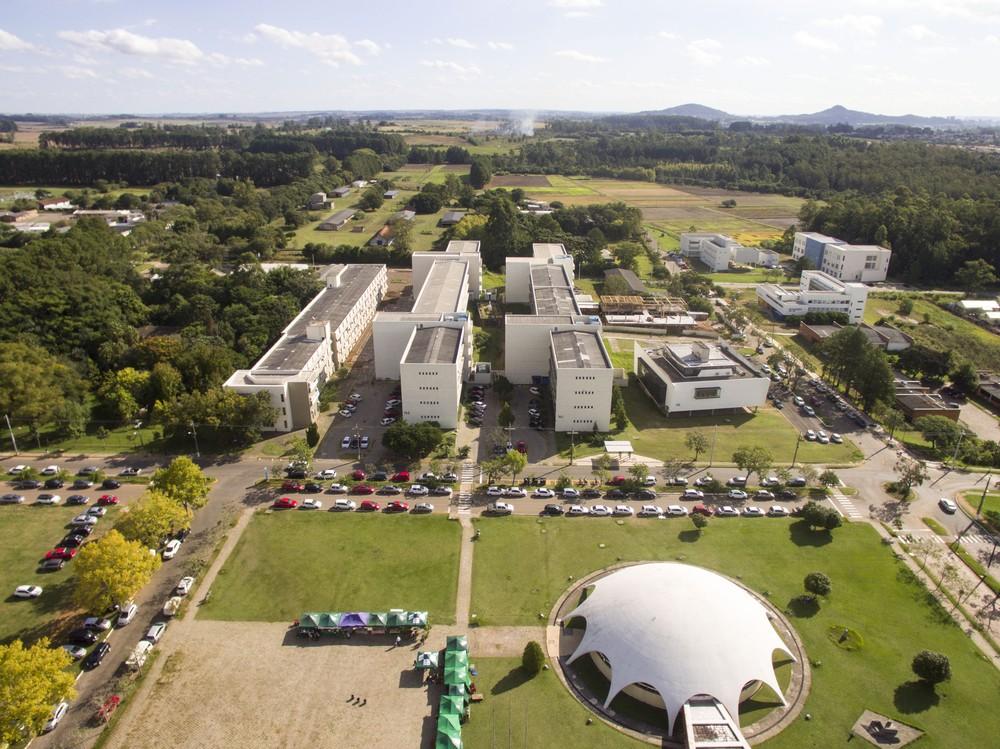 UFSM é a 10ª universidade do mundo com maior produção científica produzida por mulheres — Foto: Gilciano Sala