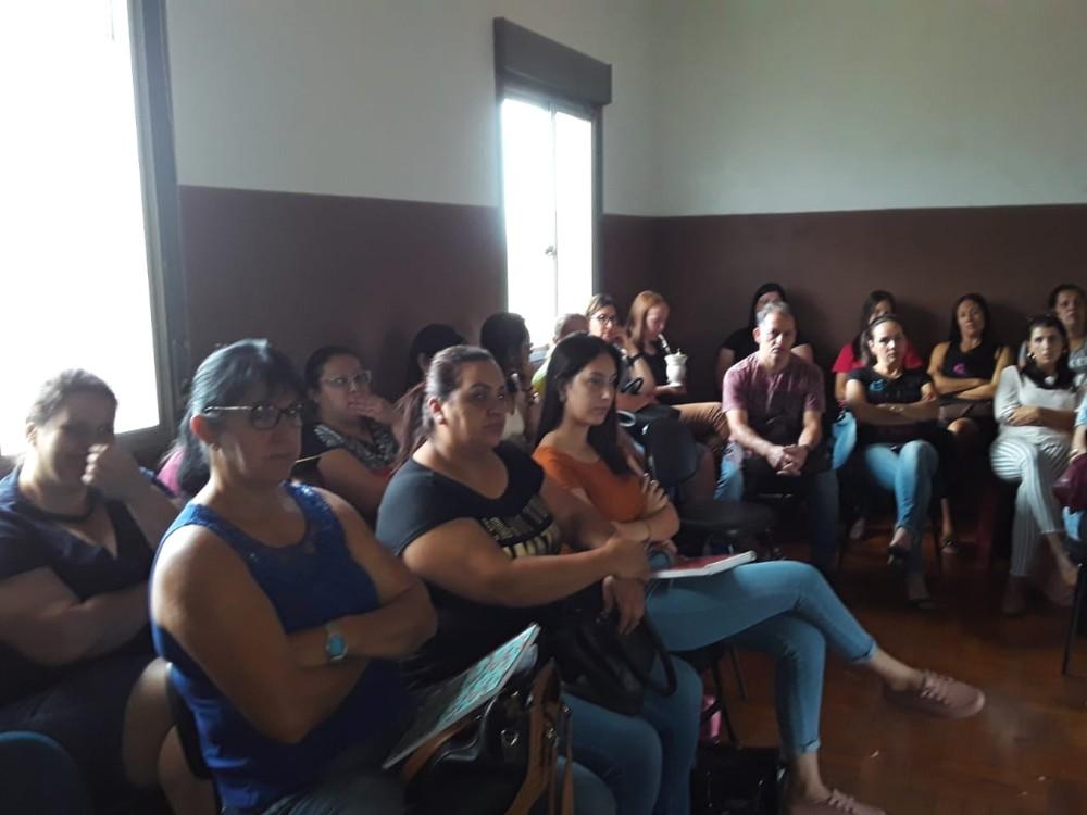 Redentora: Administração Municipal realiza encontro de professores para abertura do ano letivo