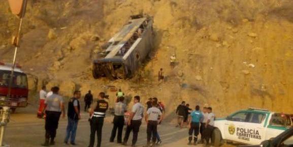 Acidente ocorreu na região de Piura, no norte do Peru | Foto: Polícia Nacional do Peru / Divulgação / CP
