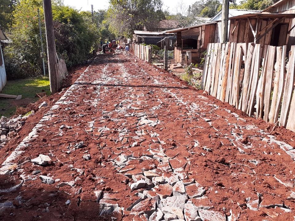 Redentora: Administração Municipal inicia calçamento no Bairro Santa Lúcia