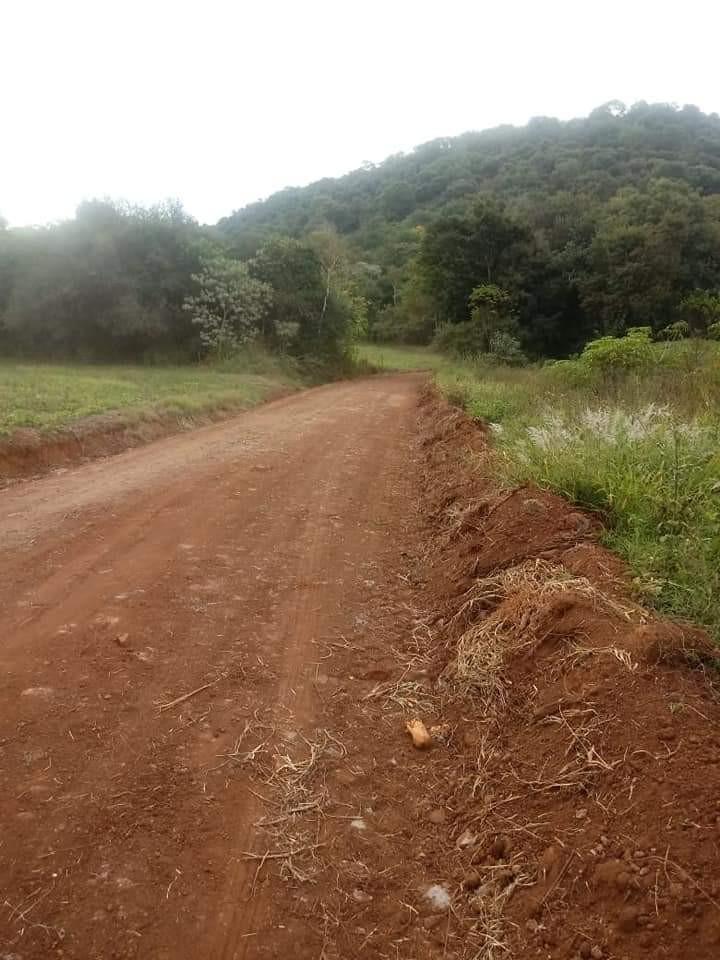 Redentora: Administração Municipal recupera estradas no interior do município