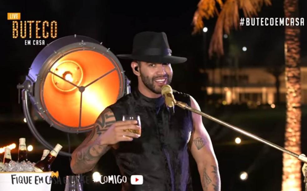 Gusttavo Lima em live no YouTube — Foto: Divulgação