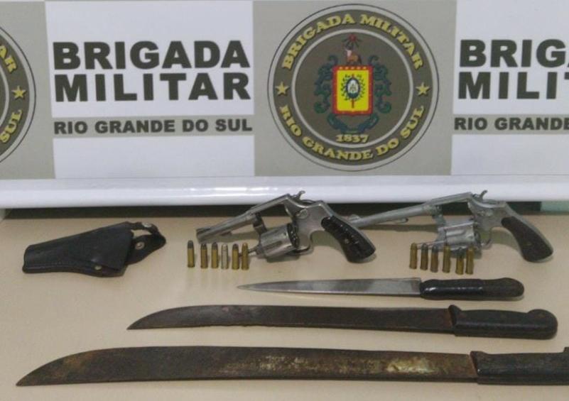 Apreensãos de armas em crissiumal - Foto: Brigada Militar