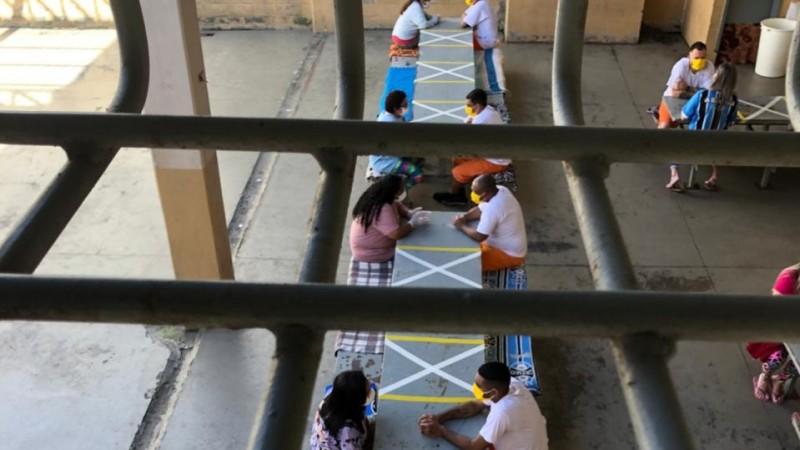 Visitas seguiram todos os cuidados sanitários em razão da pandemia de coronavírus - Foto: Divulgação Seapen/Susepe