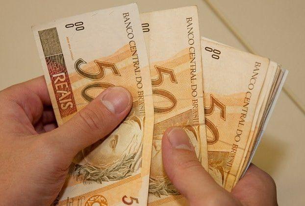 Para os casos de redução de salário e jornada, abono será integral. Foto: Arquivo/EBC