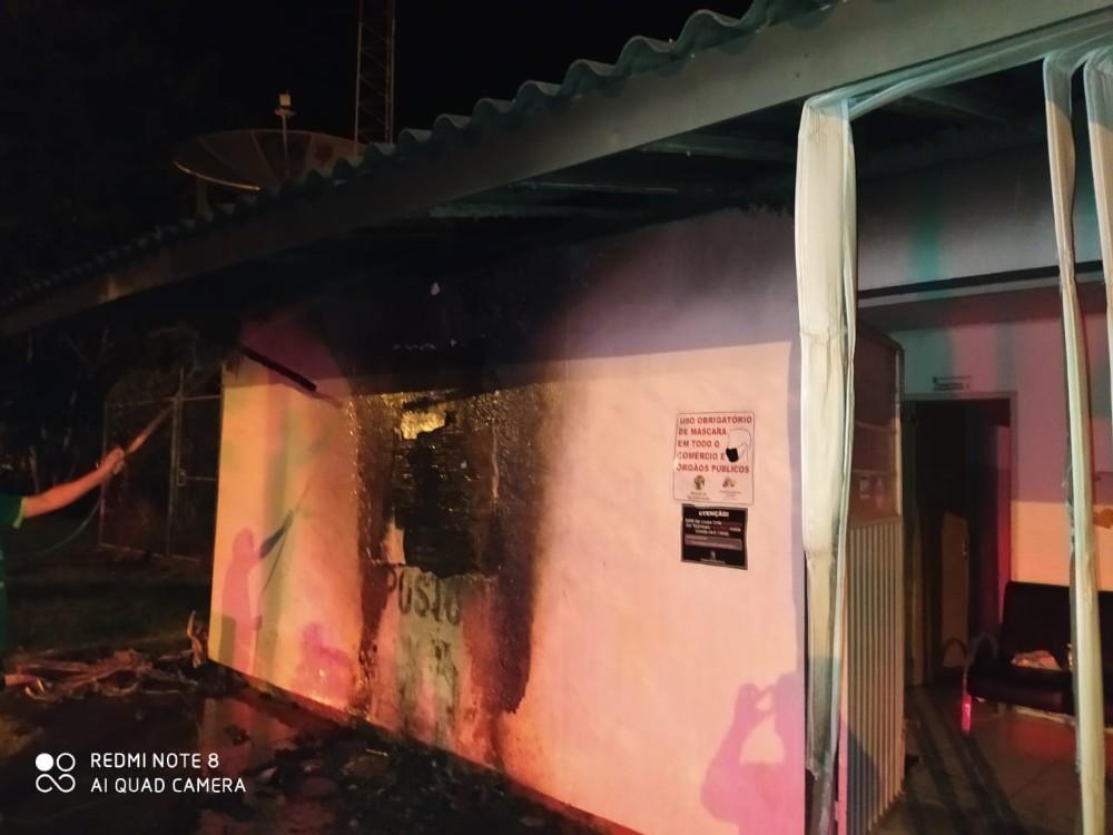 Incêndio é registrado em unidade de saúde na região celeiro