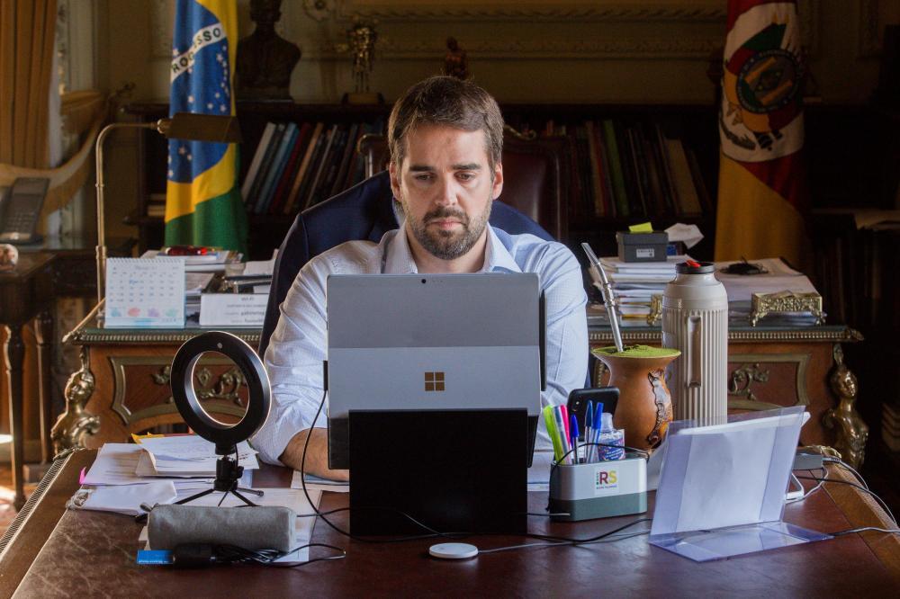 Tucano nega rótulo de isento e diz que respeito a posições contrárias o diferencia na corrida eleitoral | Foto: Felipe Dalla Valle/ Palácio Piratini / CP