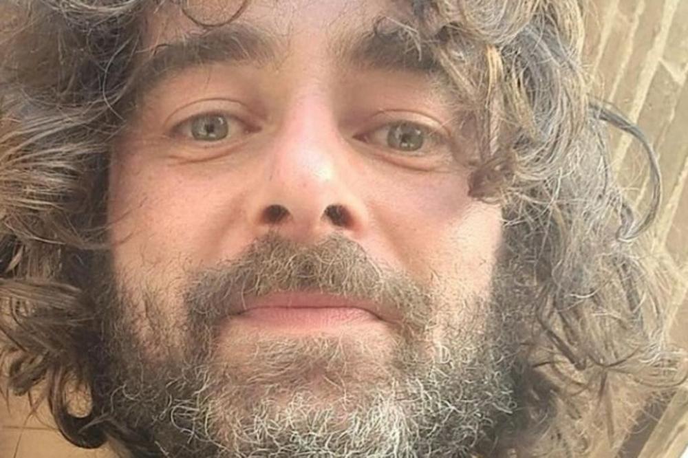 Riccardo Ceccobelli, 41 anos, fez o anúncio diante dos fiéis no último domingo. Foto: Reprodução / Instagram