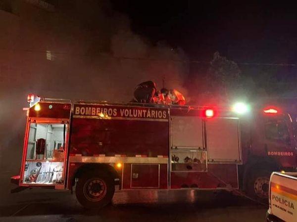 Incêndio destrói residência em Tenente Portela
