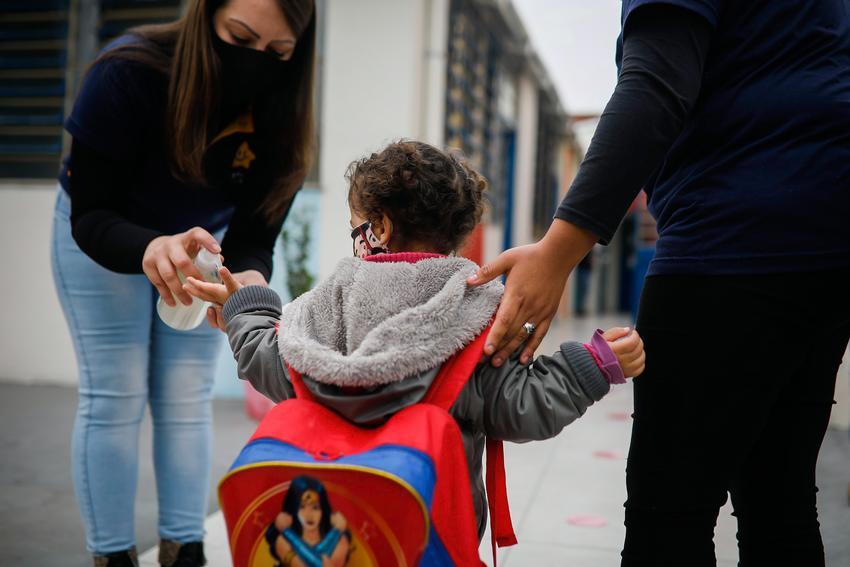 Entidades argumentam que ainda não há segurança sanitária para atividades nas escolas. (Foto: Anselmo Cunha/PMPA)