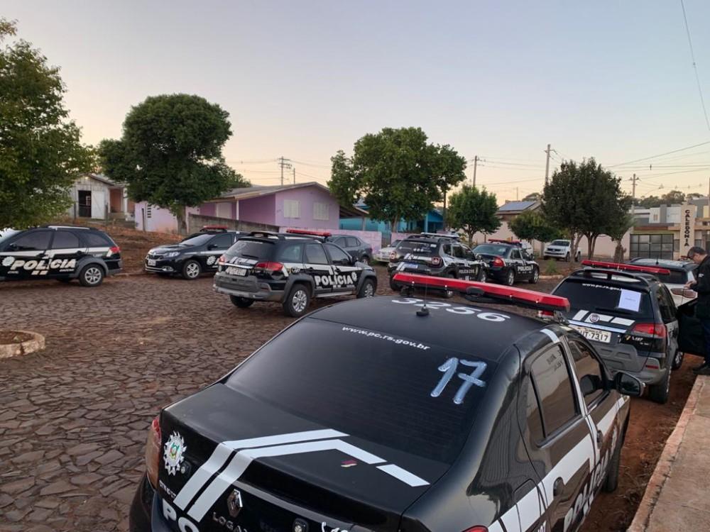 Polícia Civil deflagra operação no combate ao tráfico de drogas, homicídios e comércio ilegal de armas de fogo na região