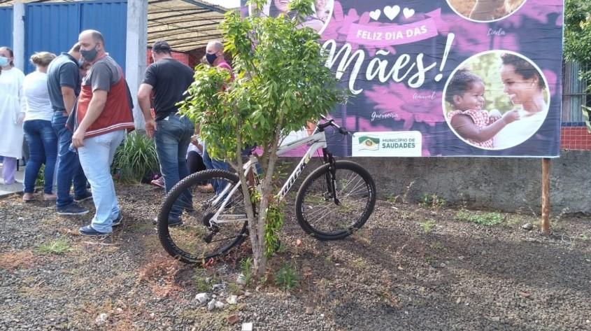 Bicicleta usada pelo assassino (Foto: Jornal A Sua Voz)