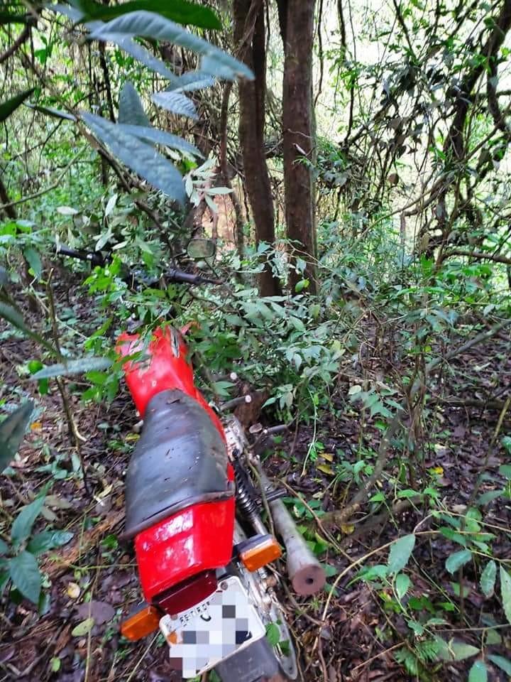 Motocicleta furtada em Tiradentes do Sul é recuperada pela Polícia Civil na localidade de Alto Alegre - RD Foco