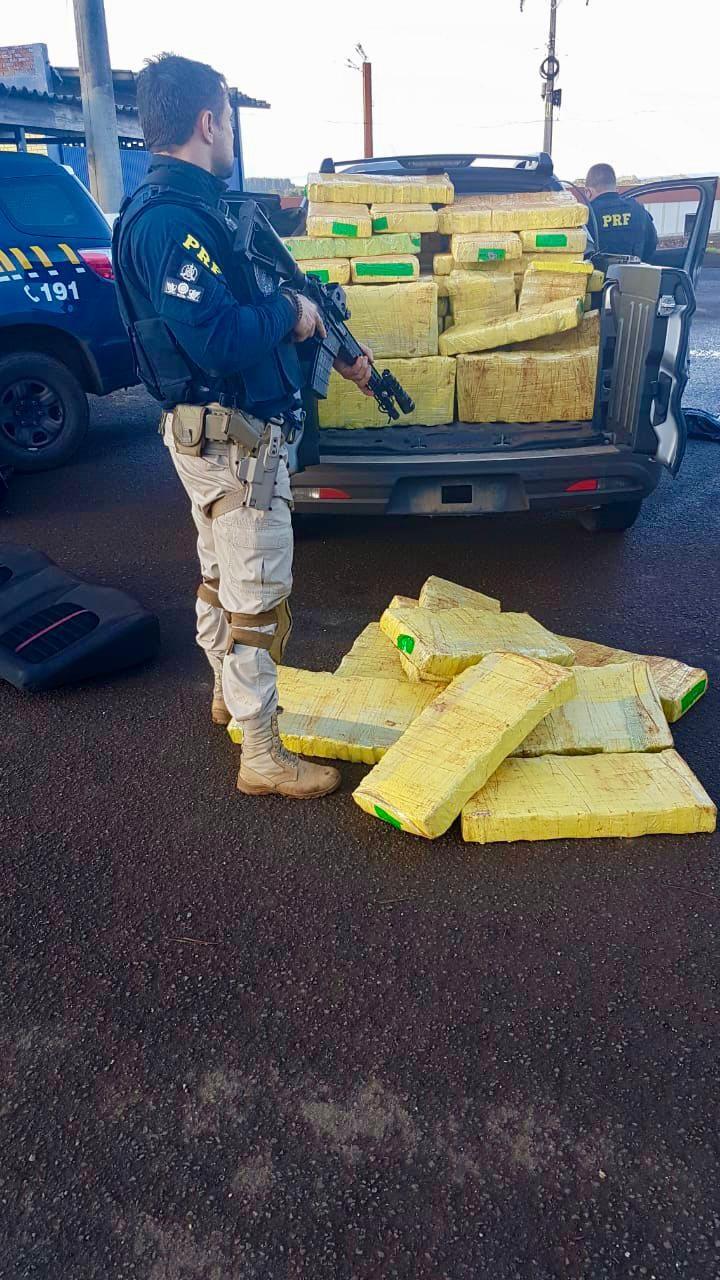 PRF prende traficante com mais de meia tonelada de maconha numa caminhonete clonada - RD Foco