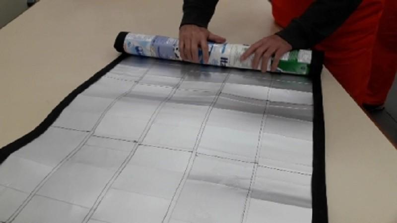 Material utilizado na confecção permite que peça seja enrolada - Foto: Divulgação Susepe