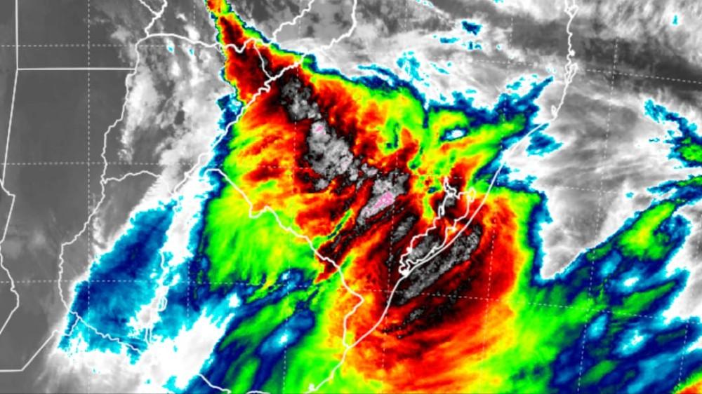 Previsão do Tempo: Frente fria avança pelo Rio Grande do Sul com chuva e temporais isolados - RD Foco