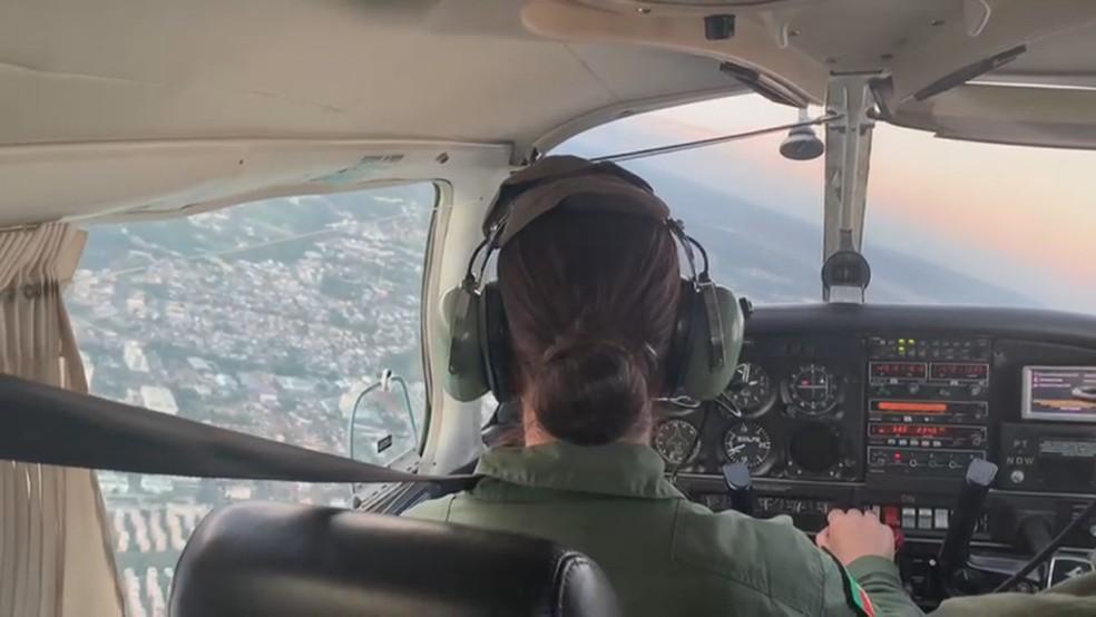 Brigada Militar forma primeira piloto mulher em curso no RS: 'Nós temos capacidade', diz capitã