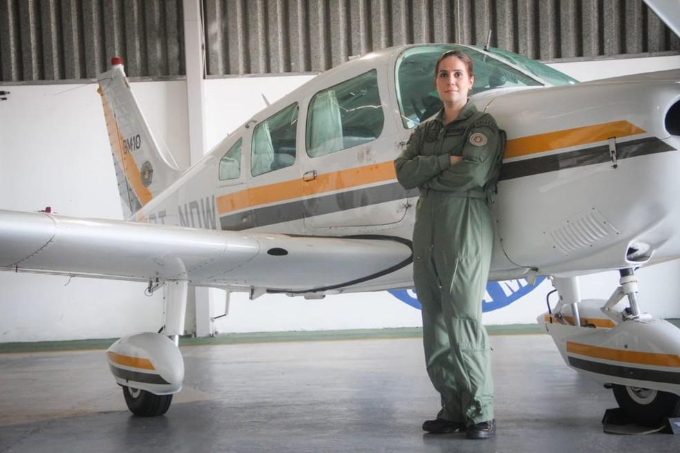 Capitã Mariana ficou em primeiro lugar no curso de piloto aeropolicial da polícia do RS — Foto: Everton Ubal/PM5/Divulgação
