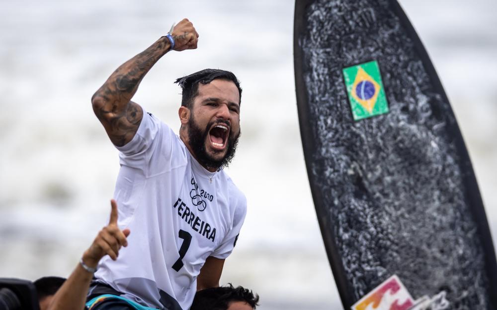 Italo Ferreira ganhou o ouro no surfe. Foto: Jonne Roriz/COB