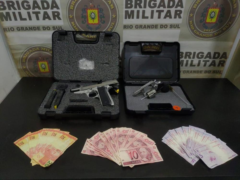 Loja de armas é assaltada por criminosos com roupas da Polícia Civil em Erechim; bandidos foram presos em Passo Fundo