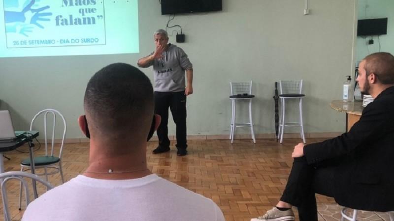 Um total de 197 alunos participará das aulas de Libras - Foto: Divulgação BM