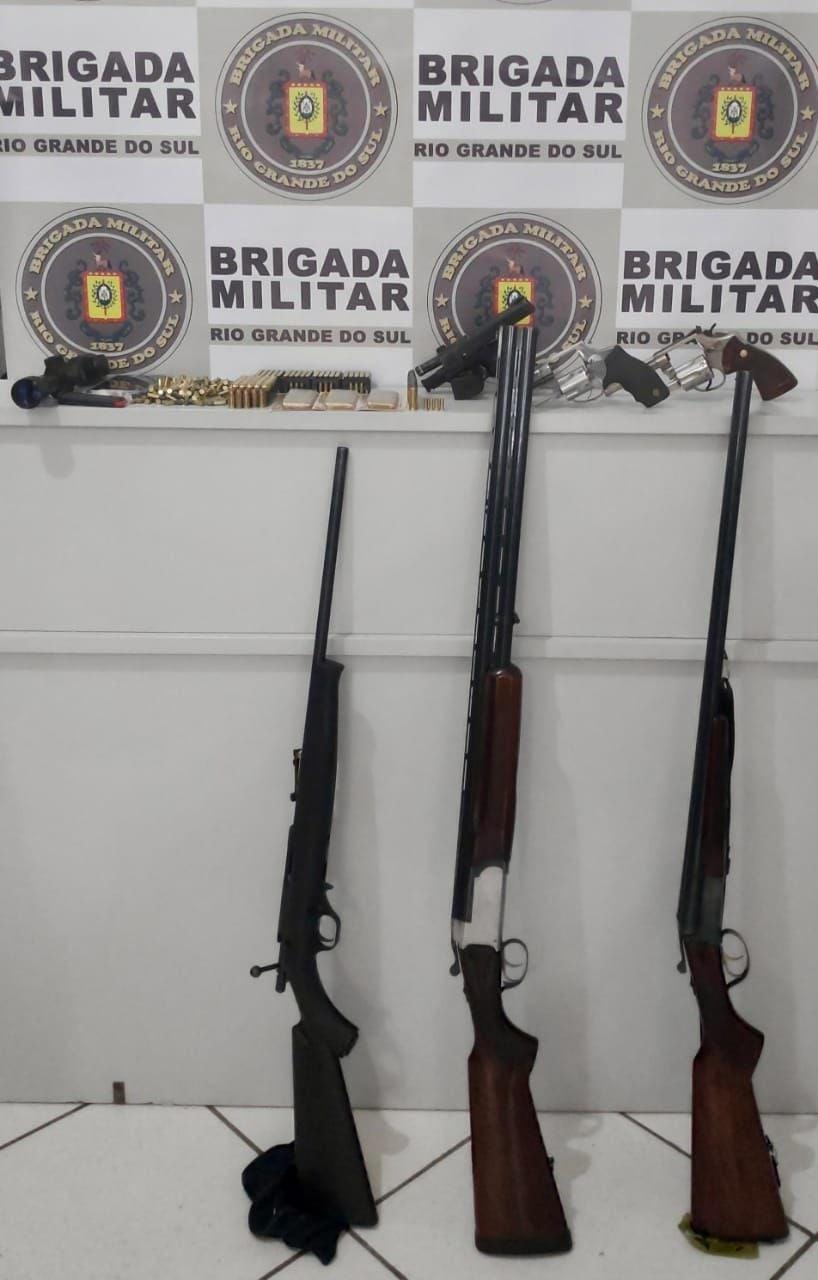 13° BPM prende dois homens por posse irregular de ama de fogo e cumprimento de mandado de prisão em Aratiba - RD Foco