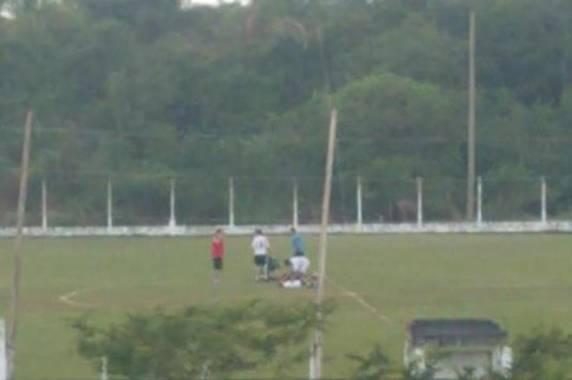 Colegas dos jovens atingidos foram buscar socorro na base operacional da Autopista Litoral Sul (Autopista Litoral Sul / Divulgação)